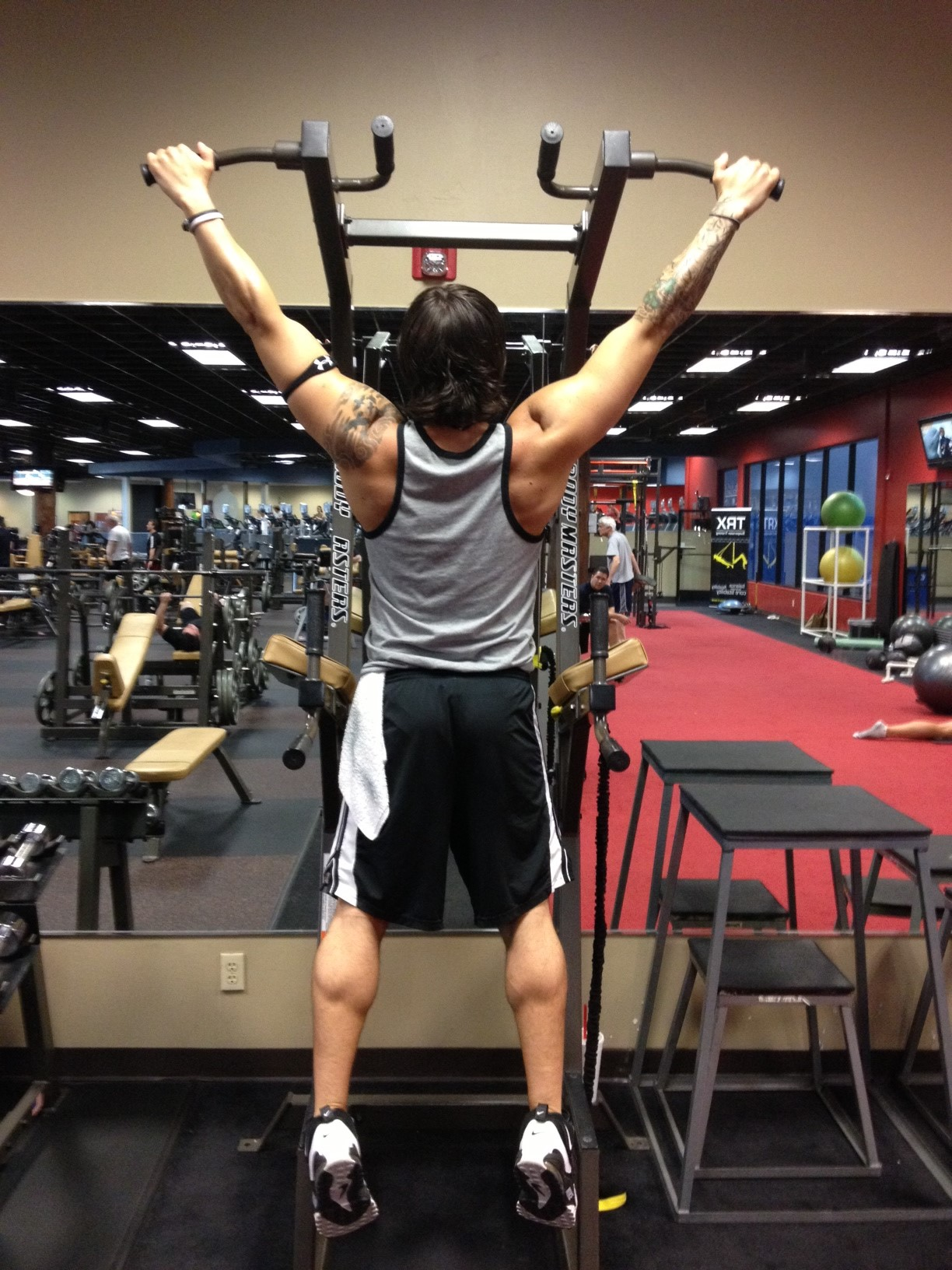 how to build legs with dumbells and resistance bans